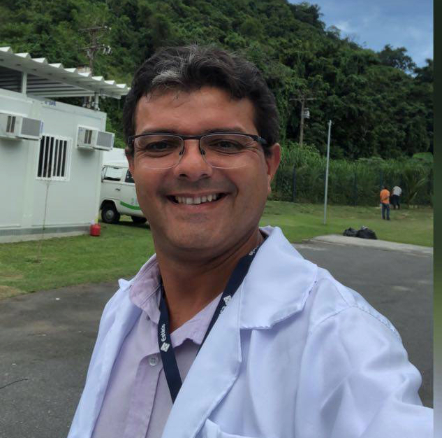 Foto do professor Francisco Souza