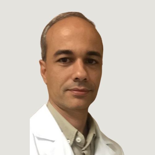 Foto do professor César Villela